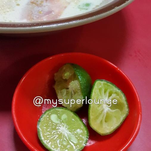 cara makan soto 05 - peras jeruk nipis