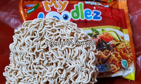 indomie my noodlez pizza cheese 02